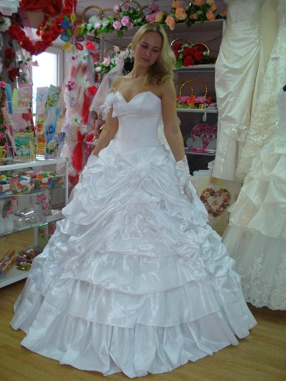 Вы просматриваете изображения у материала: Все для свадьбы - свадебный салон