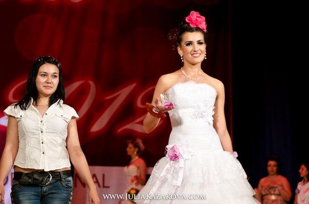Вы просматриваете изображения у материала: Фестиваль красоты UG RB 2012
