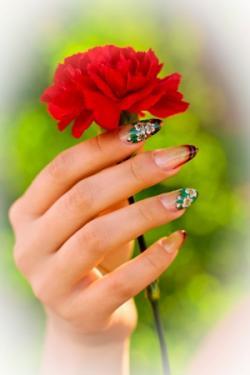 nails-gwozdika